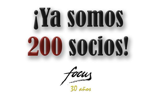 200 socios